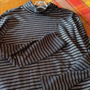 Woman's turtleneck black and silver